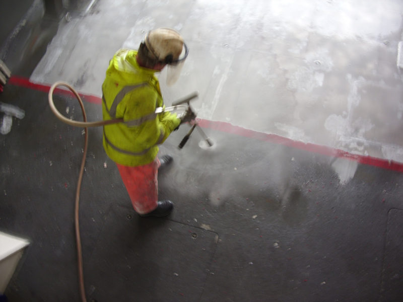 Ultra High-Pressure Water Blasting (UHP)